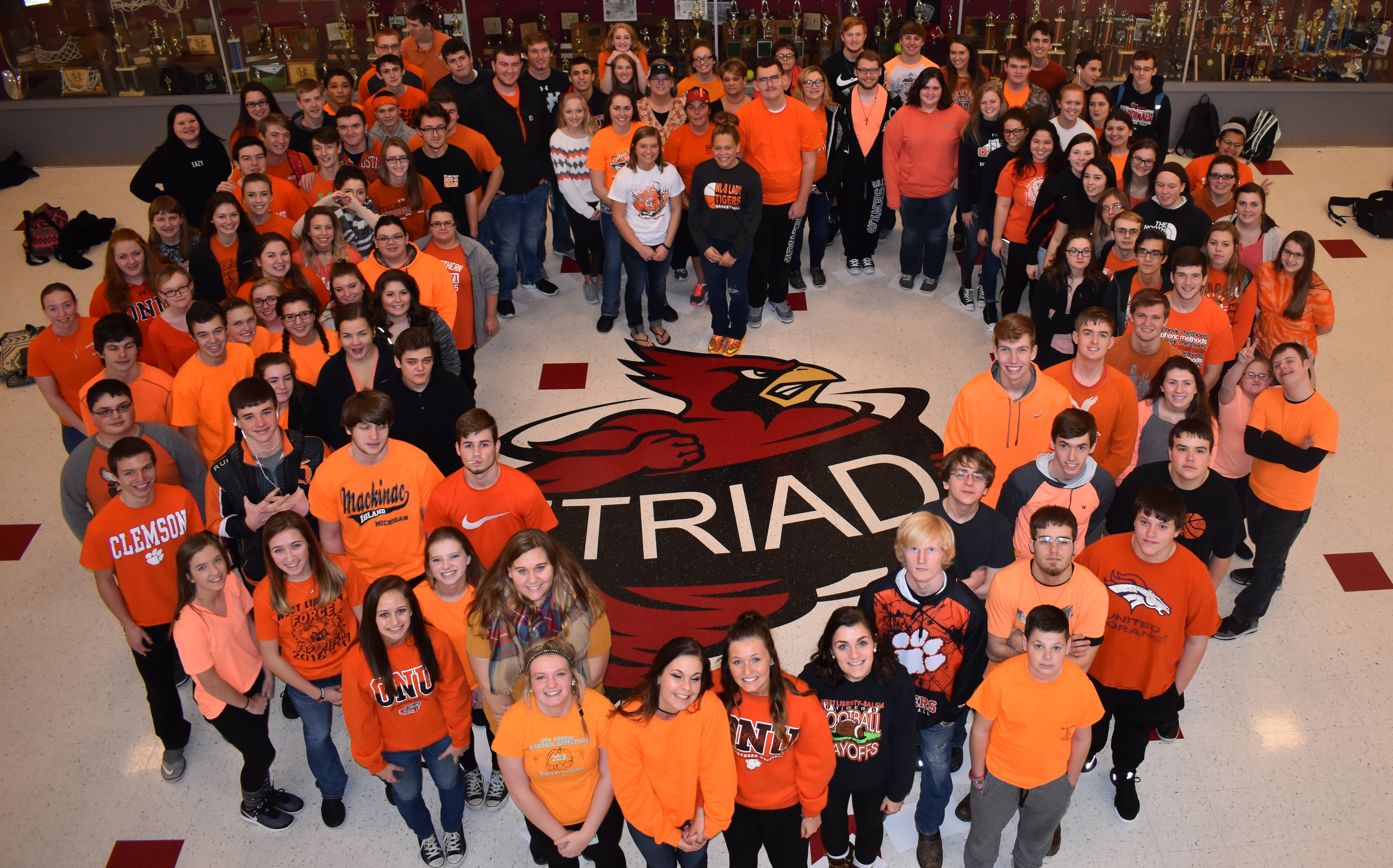 TRIAD STUDENTS SHOW SUPPORT TO WL-S